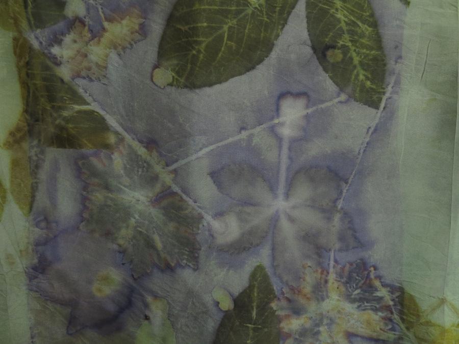 Bladeren printen op zijde pongé 8