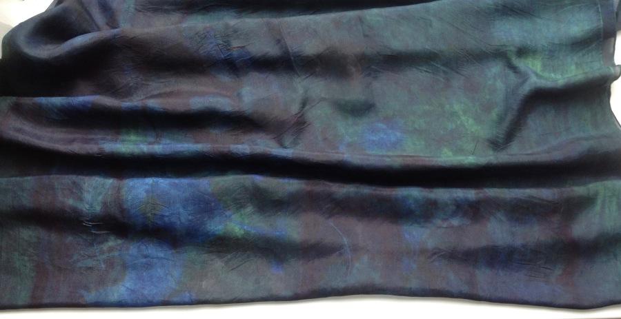deep indigo scarf diep indigoblauwe sjaal
